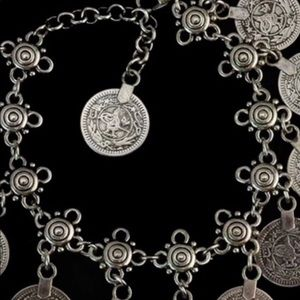 Jewelry - Adorable boho silver colored coin anklet